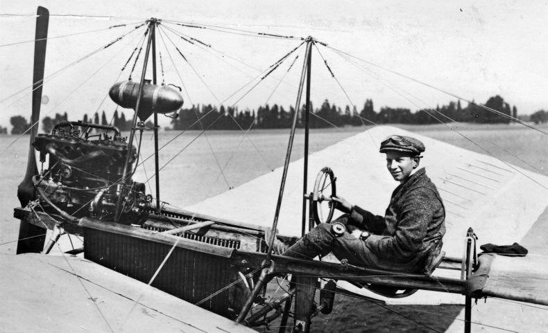 Fokker in his first aircraft