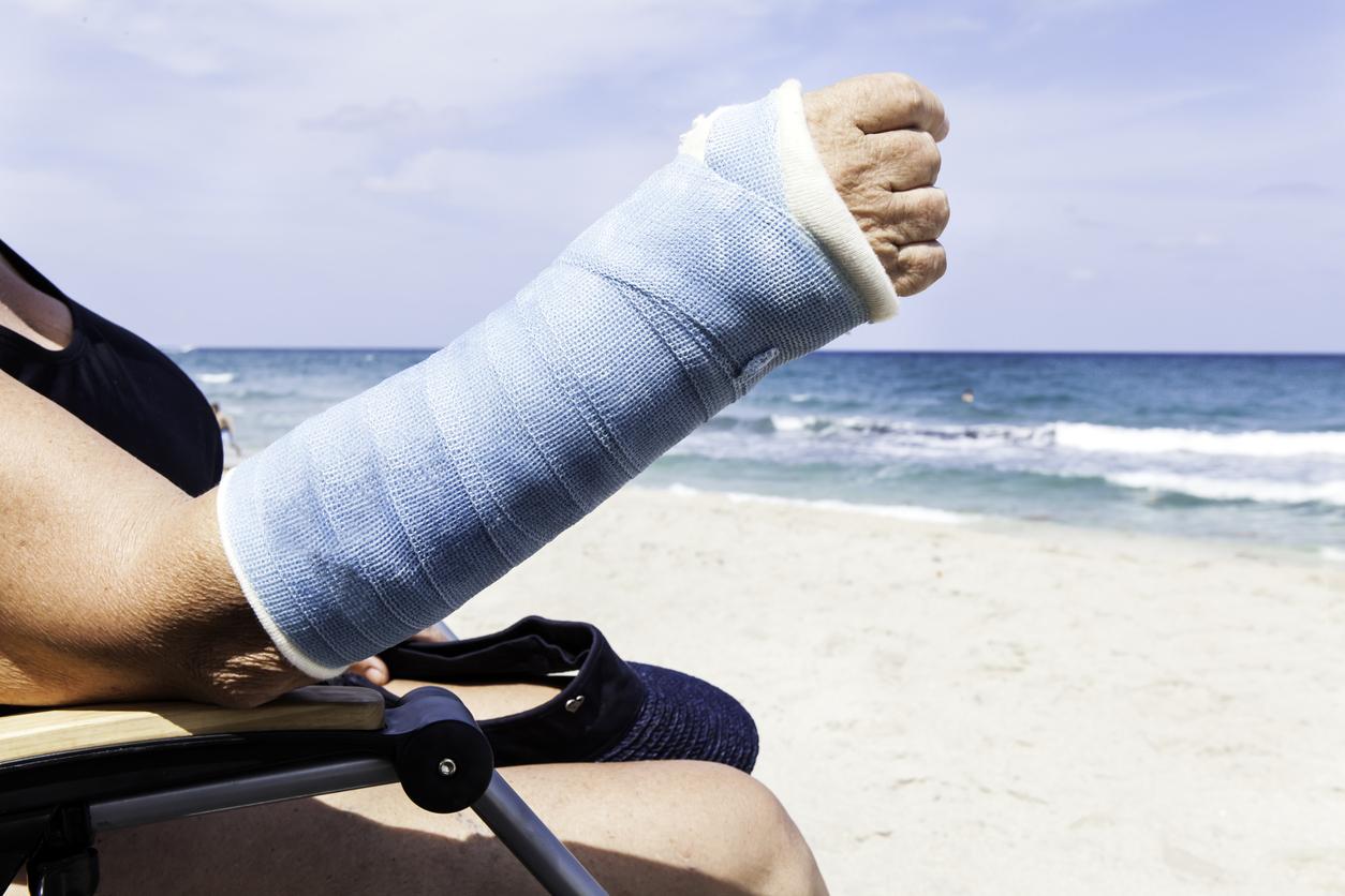 broken arm beach